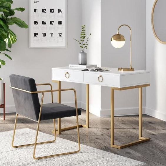 Golden touches for a modern home office decor